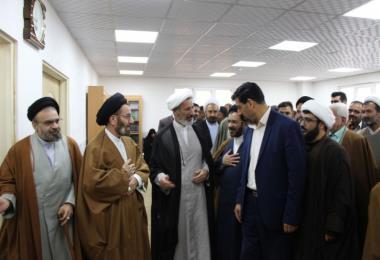 دیدار مدیر و کارکنان اداره کل تبلیغات اسلامی لرستان با نماینده ولی فقیه در این استان